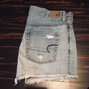 NWOT high waisted jean shorts from american eagle